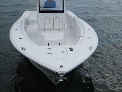 2019 Sea Hunt Gamefish 27 with Coffin Box Base | Rinker's